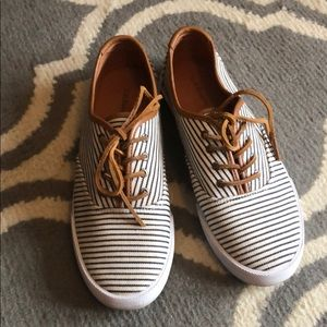 Bass tie sneakers navy/white striped